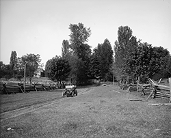 Black and white image of the Bush Place property in Tumwater from 1909.